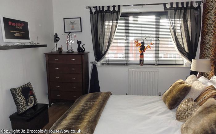 Teenagers Leopard Skin Bedroom Makeover Gallery 5
