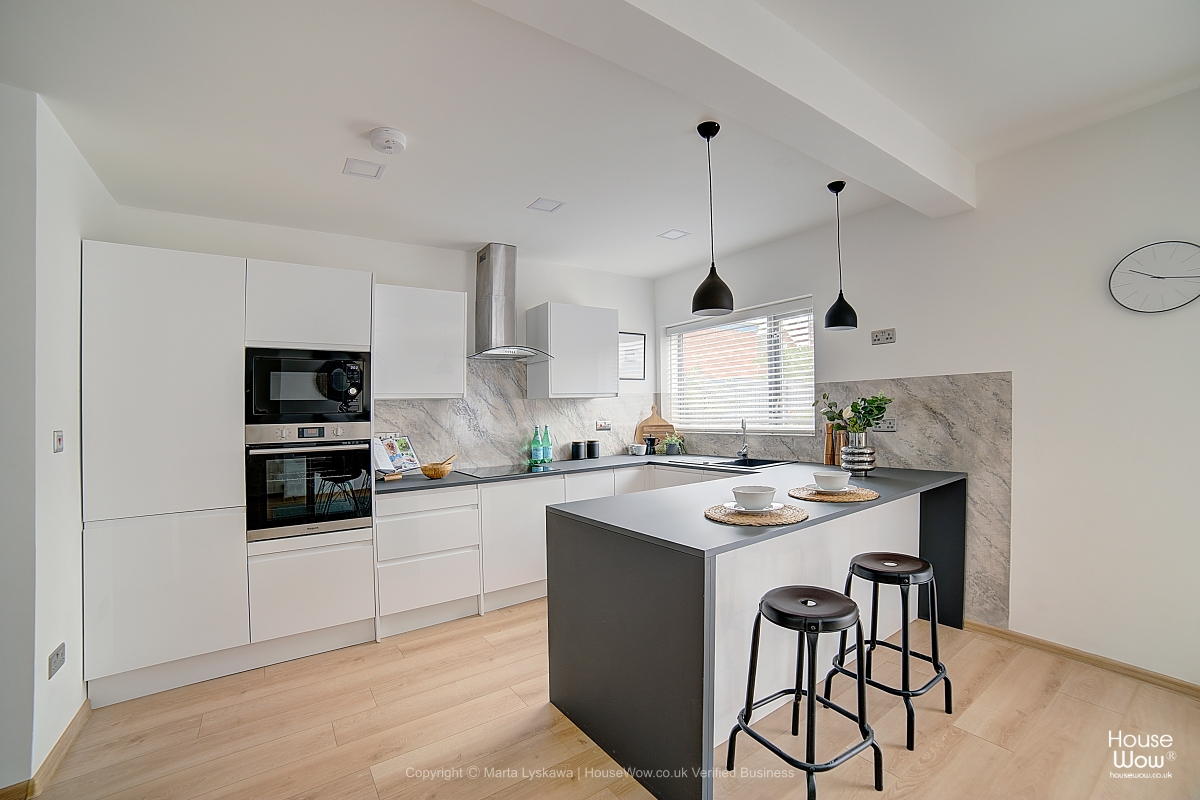 7 kitchen staging in Leeds