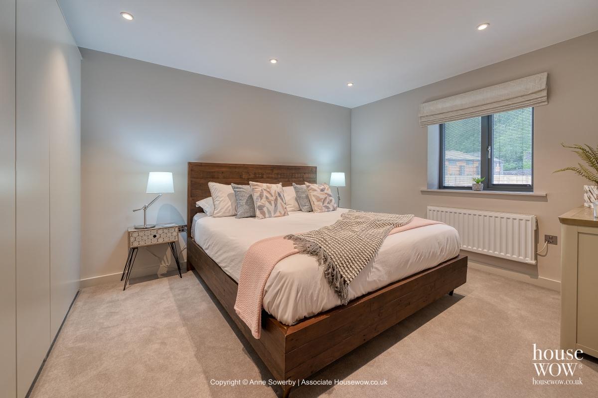 Bedroom property dressing