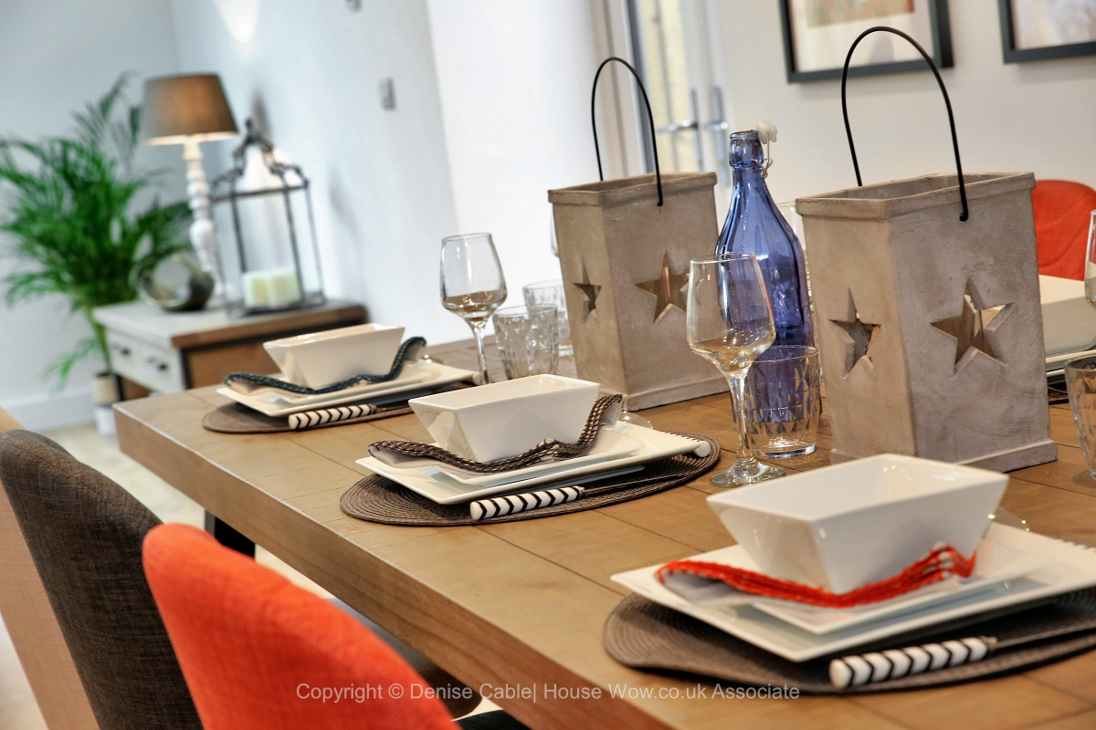 20-showhome-diningtable